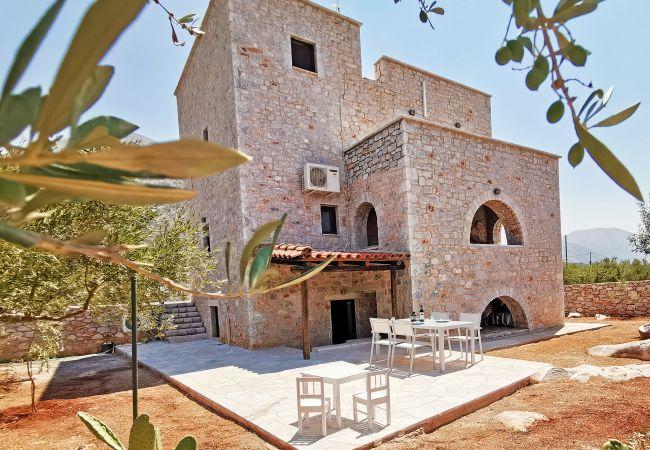 Beautiful Apartment for 6 guests,Pyrgos Dirou,ManiMain facade of the property
